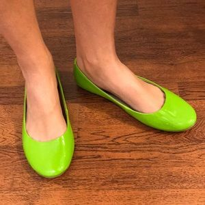 Kenneth Cole Reaction Lime Green Ballet Flats 8.5